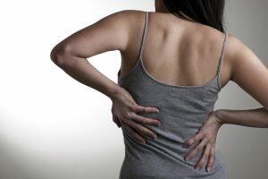 durerile-de-coloana-tratate-prin-masaj
